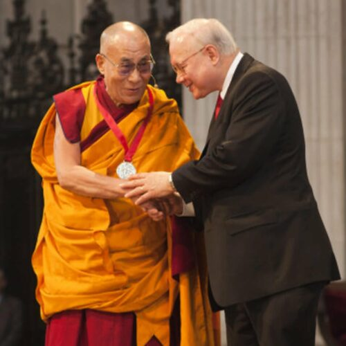 Dr. John M. Templeton, Jr. presents the 2012 Templeton Prize to His Holiness the Dalai Lama at St. Paul's Cathedral, London, May 14, 2012.