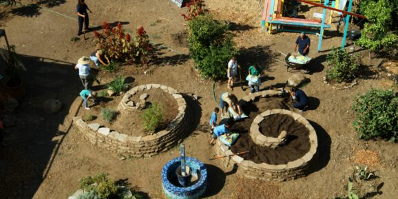 Want to know how to create a Meditation Garden? Follow Moving Arts guide and you will have your own in no time, where you can get back to nature & meditate!